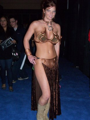 Slave Leia Cosplay 36