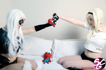 Spider-Gwen & Black Cat Cosplay 32