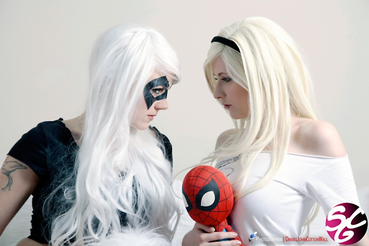 Spider-Gwen & Black Cat Cosplay 36