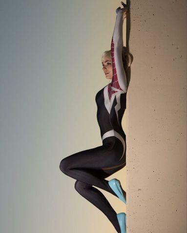Spider-Gwen Cosplay 19