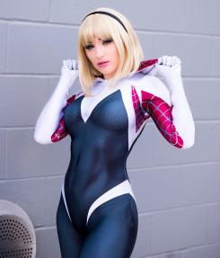 Spider-Gwen Cosplay 25