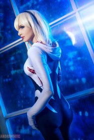 Spider-Gwen Cosplay 8