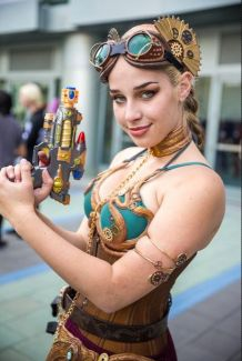 Steampunk Leia Cosplay 4