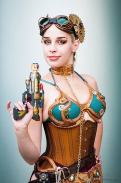 Steampunk Leia Cosplay 9