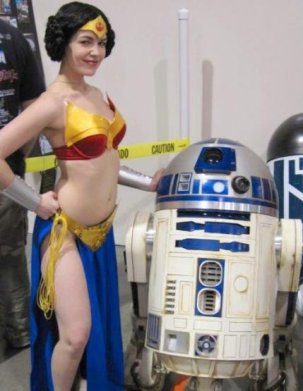 Wonder Woman Leia Cosplay 1