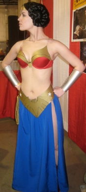 Wonder Woman Leia Cosplay 3
