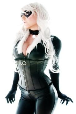 Black Cat by Jessica Nigri 6
