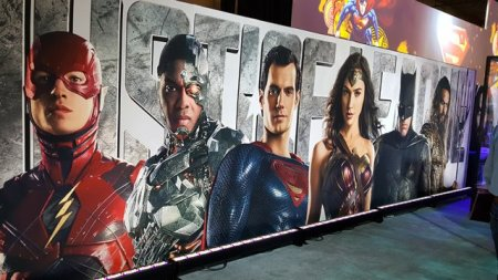 LicensingExpo2017 - Justice League Banner