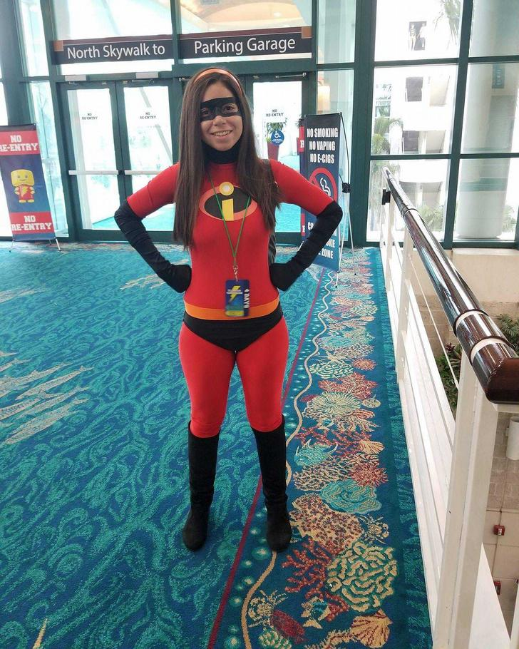 Had the chance to wear my Violet Parr cosplay Florida Supercon!